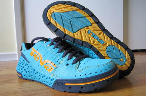 34042ff191402 teva gnarkosi spider sole - Wear Tested