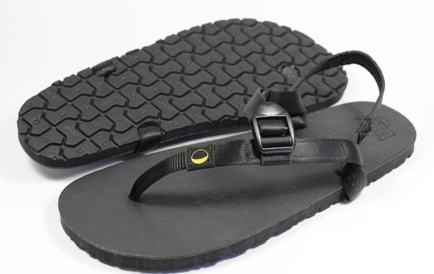 luna-sandals-mono-mgt