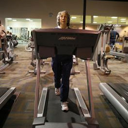seniors-treadmill