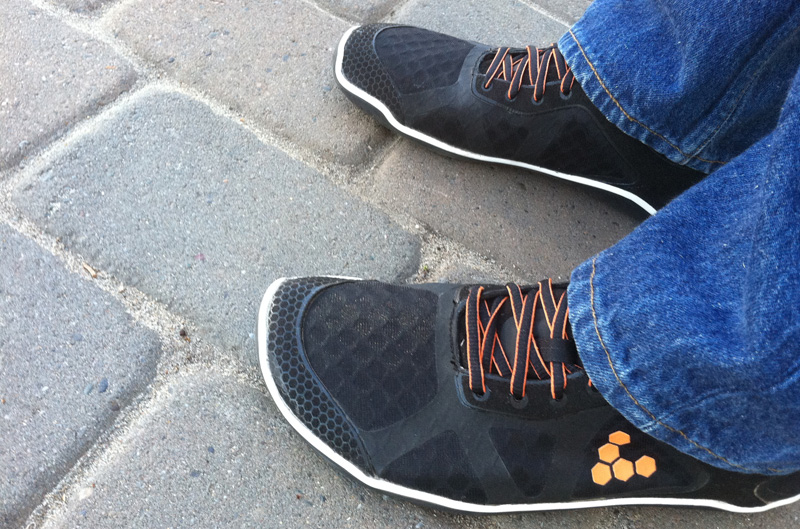 vivobarefoot-one-casual