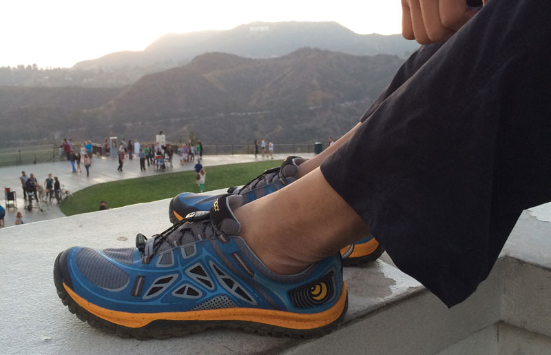 topo-athletic-oterro-griffith-observatory