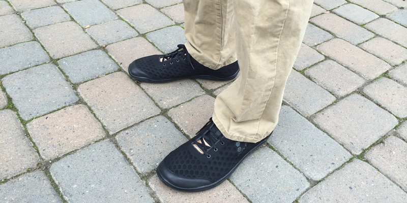 vivobarefoot-stealth-lux-profile