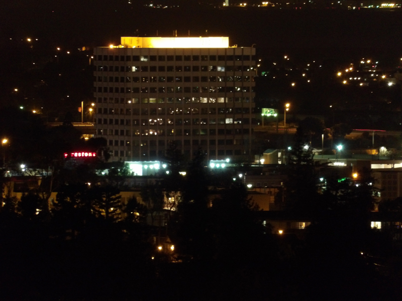 kodak-pixpro-sl25-zoom-buildings-night
